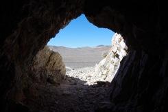 Vaade kaevanduskäigust mäenõlvalt