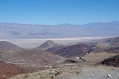Surmaorg ja selle poole silmusklev maanteelint.
