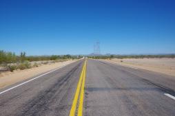 Need lõputud sirged tühjad teed. Sedapuhku lõunasse ja eemal peamarsruutidest.