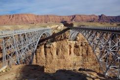 Navajo sild üle Colorado, mis lõpetas praamiäri. Vana ja uus.