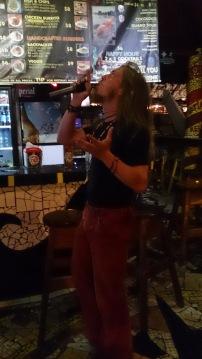Georg ja metal-karaoke Rockin J's