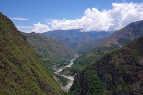 Urubamba oru vaade Andides