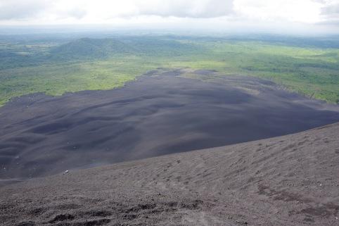 Vulkaanituha sametvaip kelgunõlvas